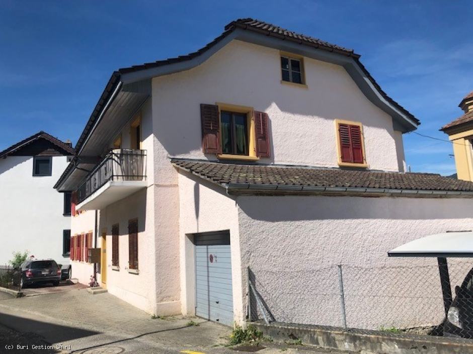 Moutier, belle maison locative de 4 appartements
